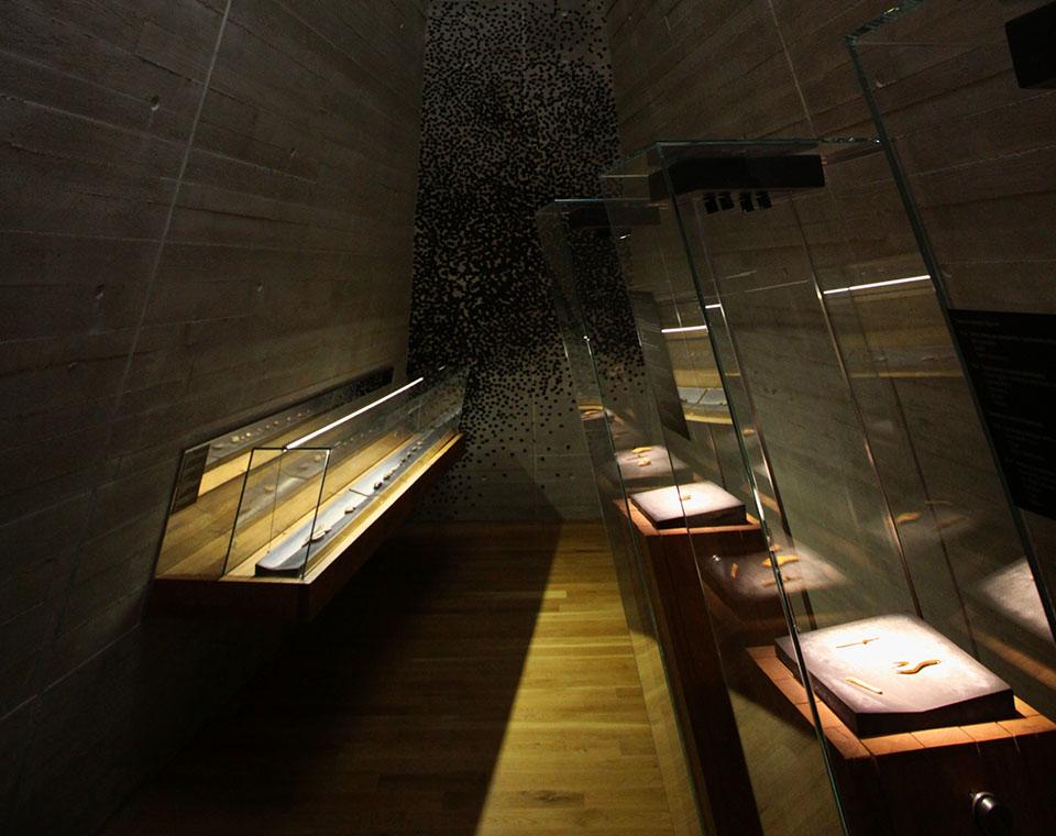 Archeopark Pavlov - vnitřní prostory s expozicí