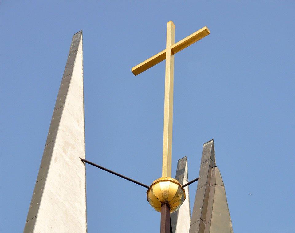 Kostel sv. Václava v Břeclavi - detail věže