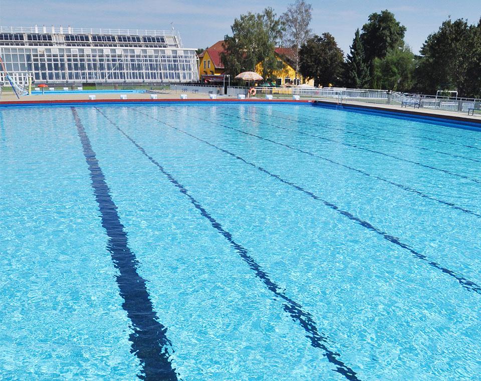 Plavecký 50 metrový bazén
