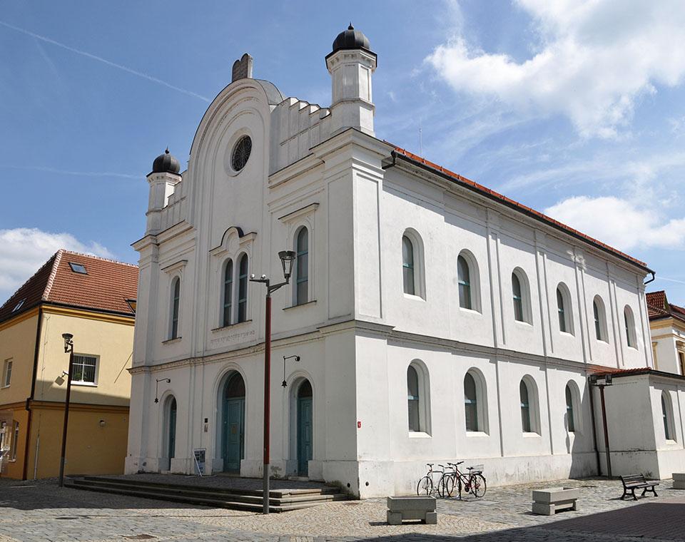 Synagoga v Břeclavi